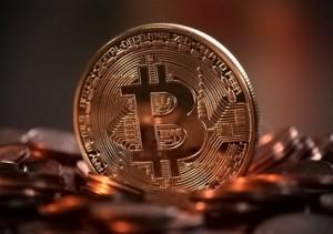 Nutzen Terroristen Bitcoin? Nein!