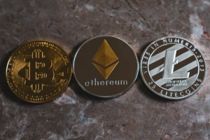 BItcoin Ethereum and Litecoin Cyptocurrency Tokens